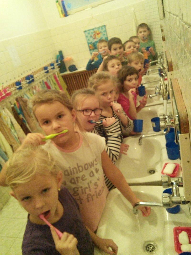 ms_prečín_275_umyvanie zubkov